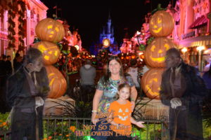 PhotoPass_Visiting_Mickeys_Not_So_Scary_Halloween_Party_7498470948
